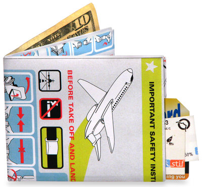 Mighty Wallet In Flight